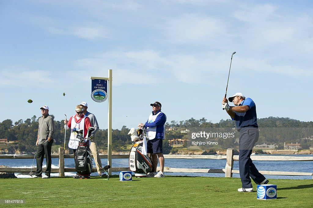 Retief Goosen in action on No 7 hole during Sunday play at Pebble Beach Golf Links. Kohjiro Kinno F16 )