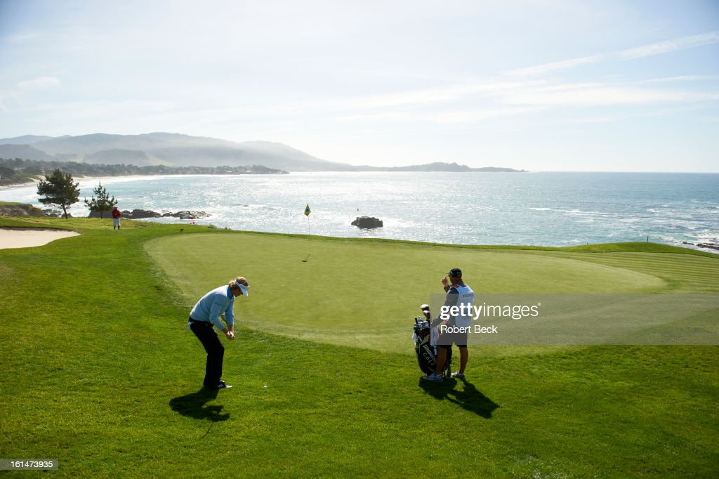 Scenic view of Brandt Snedeker in action during Sunday play at Pebble Beach Golf Links. Robert Beck F124 )