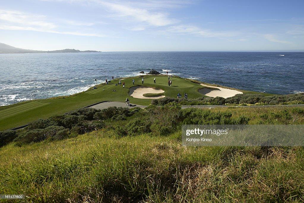 Scenic view of No 7 green during Sunday play at Pebble Beach Golf Links. Kohjiro Kinno F2 )