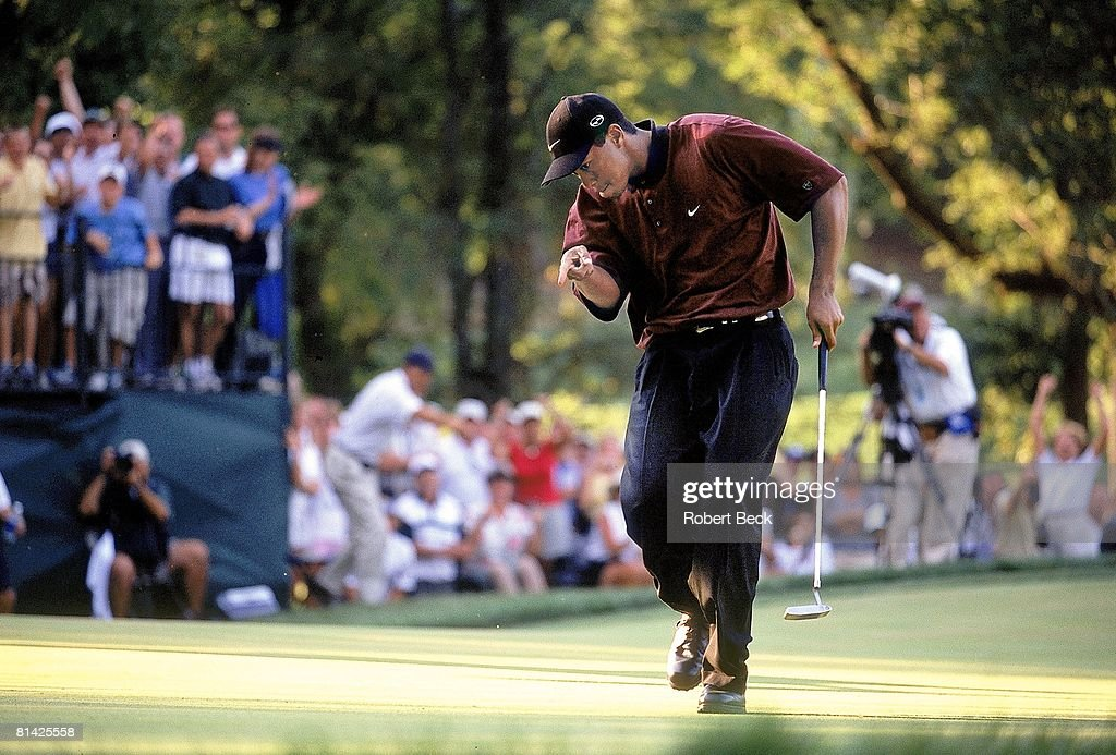 Golf PGA Championship Tiger Woods victorious after sinking putt on Sunday at Valhalla CC Louisville KY 8/20/2000