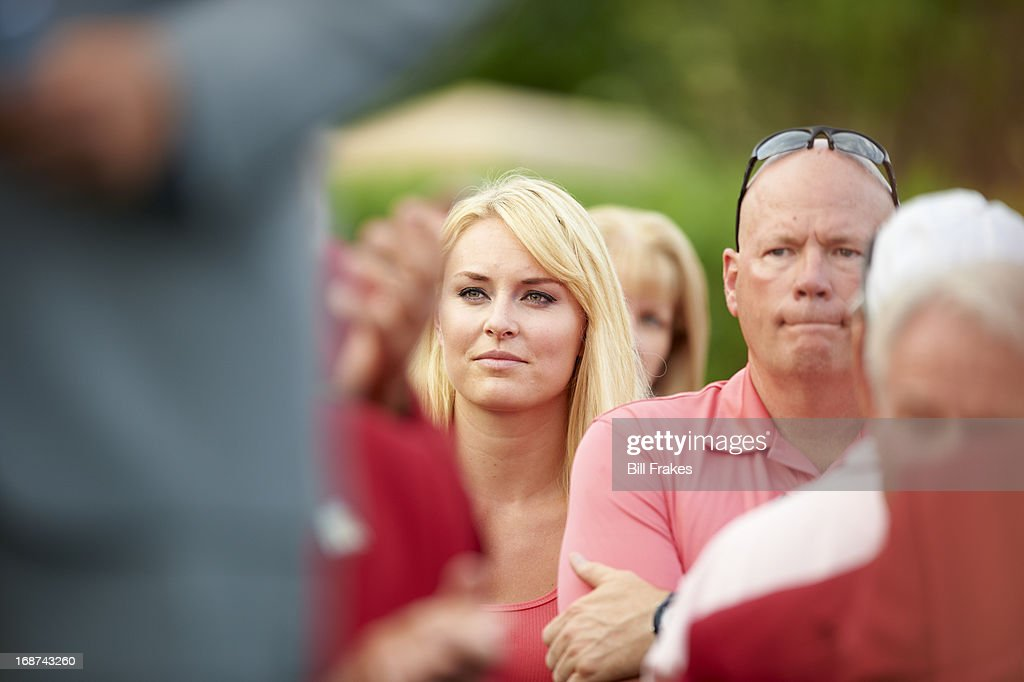 View of Olympic skiier Lindsey Vonn watching her boyfriend Tiger Woods during Sunday play at TPC Sawgrass. Bill Frakes F906 )