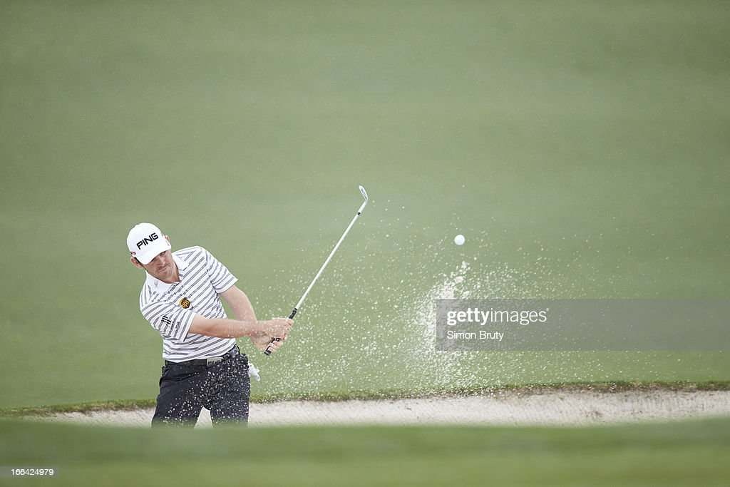 Louis Oosthuizen in action from sand during Friday play at Augusta National. Simon Bruty F81 )