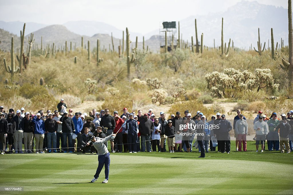 Hunter Mahan in action during Sunday play at Ritz-Carlton GC of Dove Mountain. Kohjiro Kinno F27 )