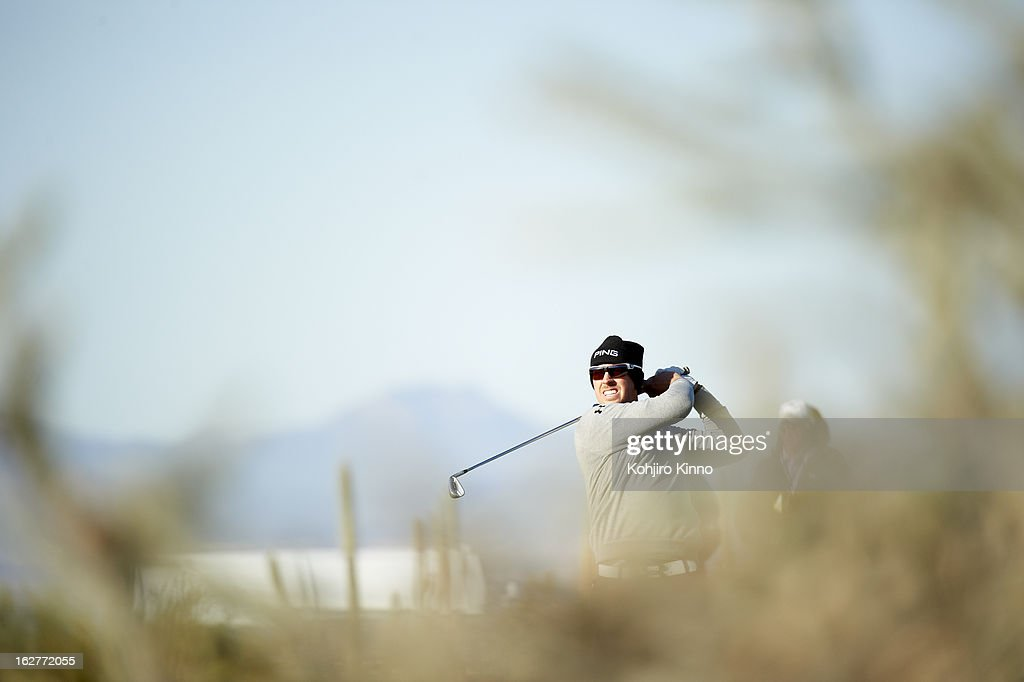 Hunter Mahan in action during semifinal on Sunday at Ritz-Carlton GC of Dove Mountain. Kohjiro Kinno F167 )
