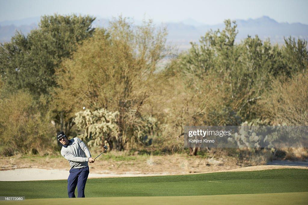 Hunter Mahan in action during semifinal on Sunday at Ritz-Carlton GC of Dove Mountain. Kohjiro Kinno F176 )