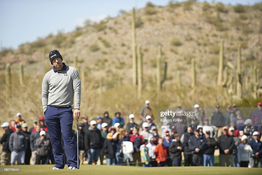 Hunter Mahan upset during Sunday play at Ritz-Carlton GC of Dove Mountain. Kohjiro Kinno F30 )