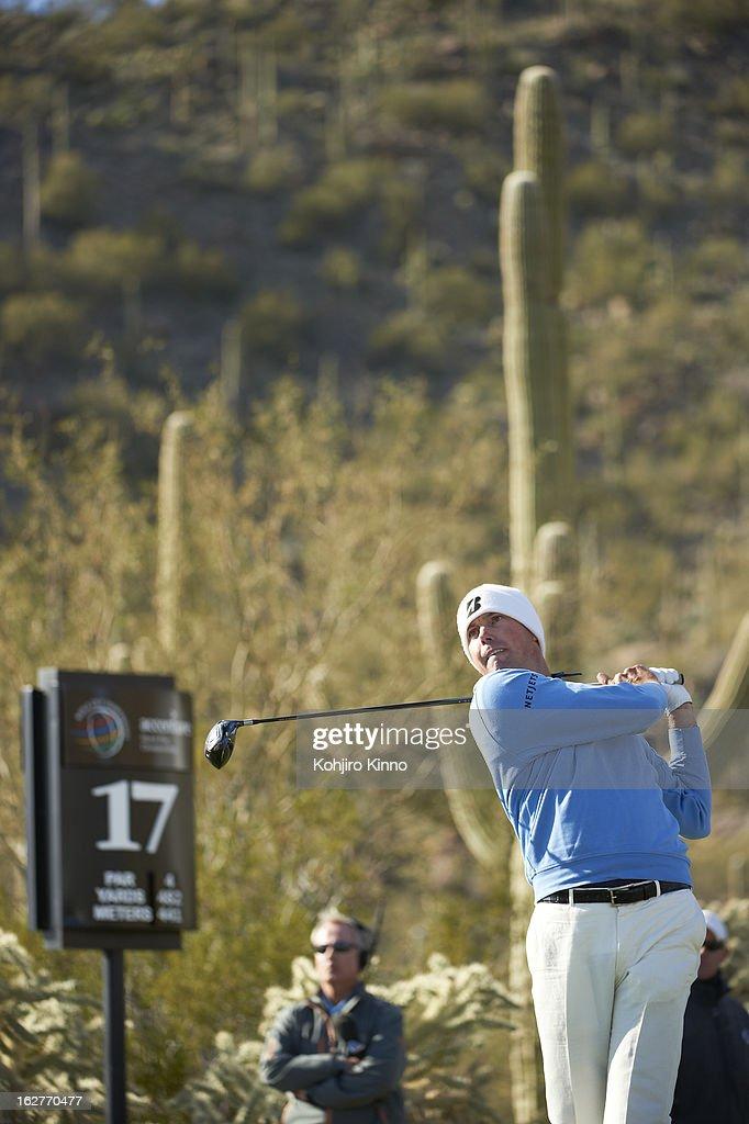 Matt Kuchar in action, drive from No 17 tee during Sunday play at Ritz-Carlton GC of Dove Mountain. Kohjiro Kinno F198 )