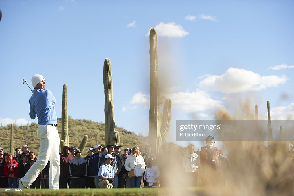 Matt Kuchar in action during Sunday play at Ritz-Carlton GC of Dove Mountain. Kohjiro Kinno F76 )