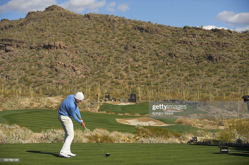 Matt Kuchar in action, drive from tee on Sunday at Ritz-Carlton GC of Dove Mountain. Kohjiro Kinno F58 )
