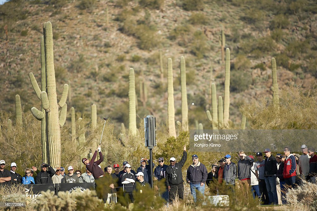 Scenic view of Ian Poulter in action, drive during semifinal on Sunday at Ritz-Carlton GC of Dove Mountain. Kohjiro Kinno F127 )