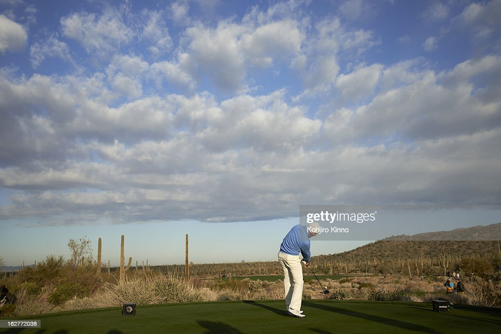 Scenic view of Matt Kuchar in action during semifinal on Sunday at Ritz-Carlton GC of Dove Mountain. Kohjiro Kinno F27 )