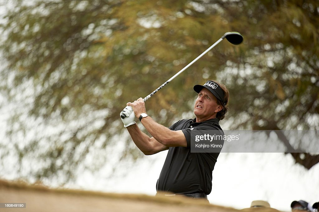 Phil Mickelson in action, drive from No 3 tee during Sunday play at TPC Scottsdale. Kohjiro Kinno F82 )