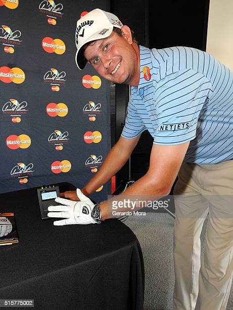 TOUR golfer Harris English teams up with MasterCard at the Arnold Palmer Invitational Presented by MasterCard to show how a payment can be made...