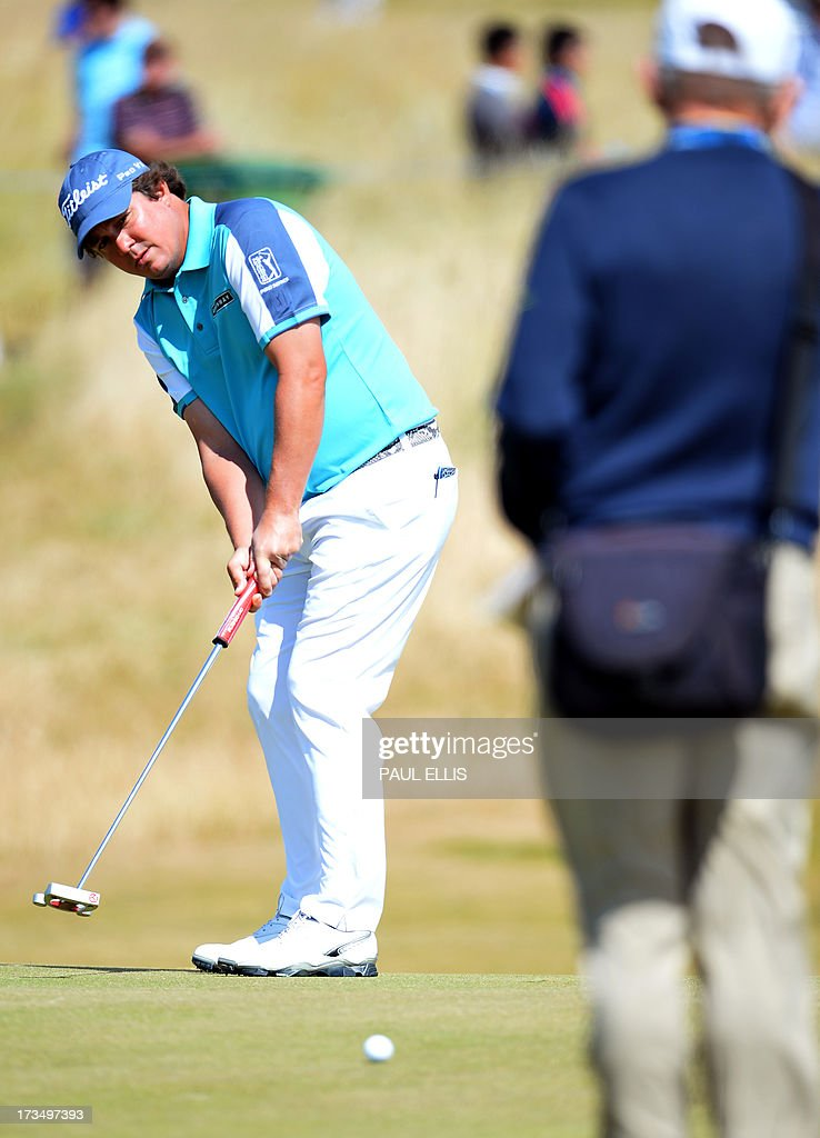 US golfer Jason Dufner plays onto the seventh green at Muirfield golf course at Gullane in Scotland on July 15, 2013 ahead of The 2013 Open Golf Championship. AFP PHOTO/Paul Ellis