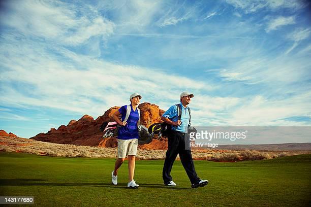 Golfen Paar