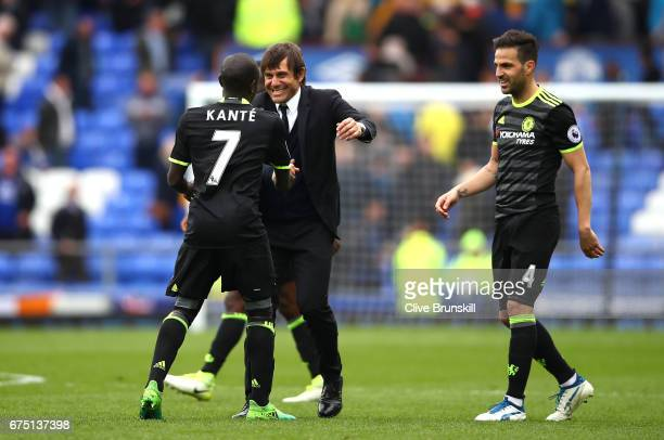 Golo Kante of Chelsea and Antonio Conte Manager of Chelsea celebrate after the Premier League match between Everton and Chelsea at Goodison Park on...