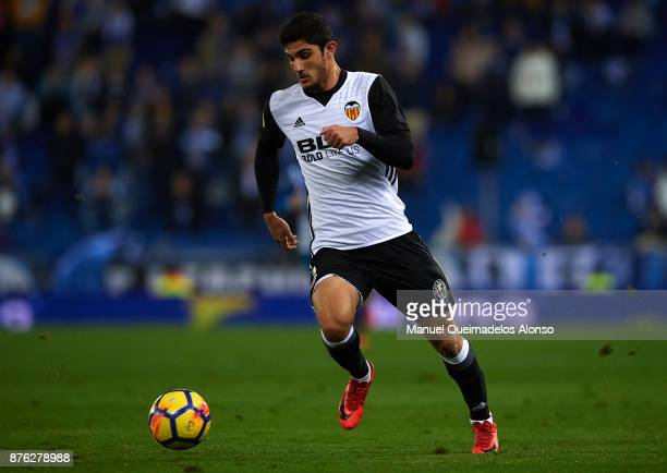 Goncalo Guedes of Valencia runs with the ball during the La Liga match between Espanyol and Valencia at CornellaEl Prat stadium on November 19 2017...