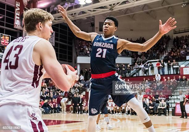 Gonzaga Bulldogs forward Rui Hachimura throws up a screen for Santa Clara Broncos forward Nate Kratch during the regular season game between the...