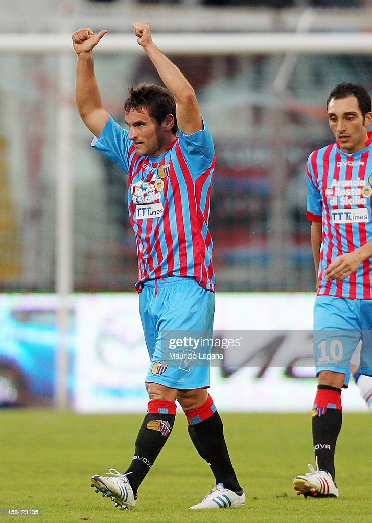Gonzalo Bergessio (L) of Catania celebrates after scoring their second goal during the Serie A match between Calcio Catania and UC Sampdoria at Stadio Angelo Massimino on December 16, 2012 in Catania, Italy.