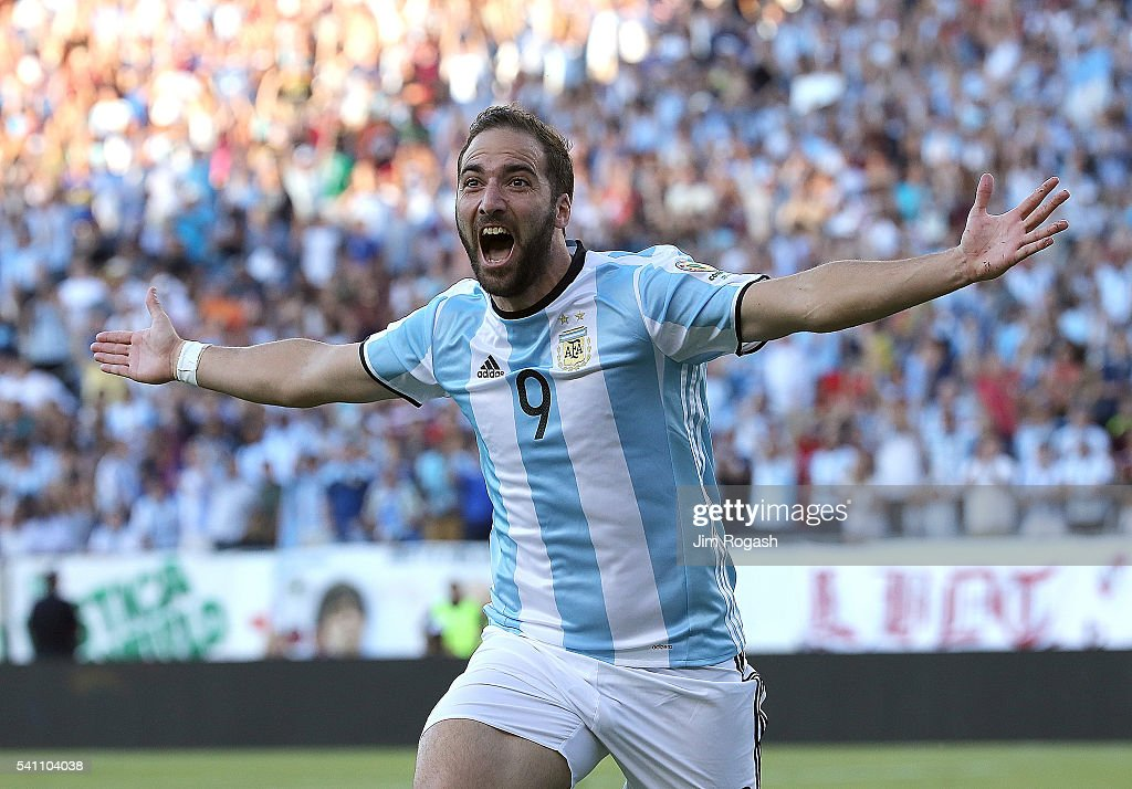 <a gi-track='captionPersonalityLinkClicked' href=/galleries/search?phrase=Gonzalo+Higuain&family=editorial&specificpeople=651523 ng-click='$event.stopPropagation()'>Gonzalo Higuain</a> #9 of Argentina celebrates his goal during the 2016 Copa America Centenario quarterfinal match against Venezuela at Gillette Stadium on June 18, 2016 in Foxboro, Massachusetts.