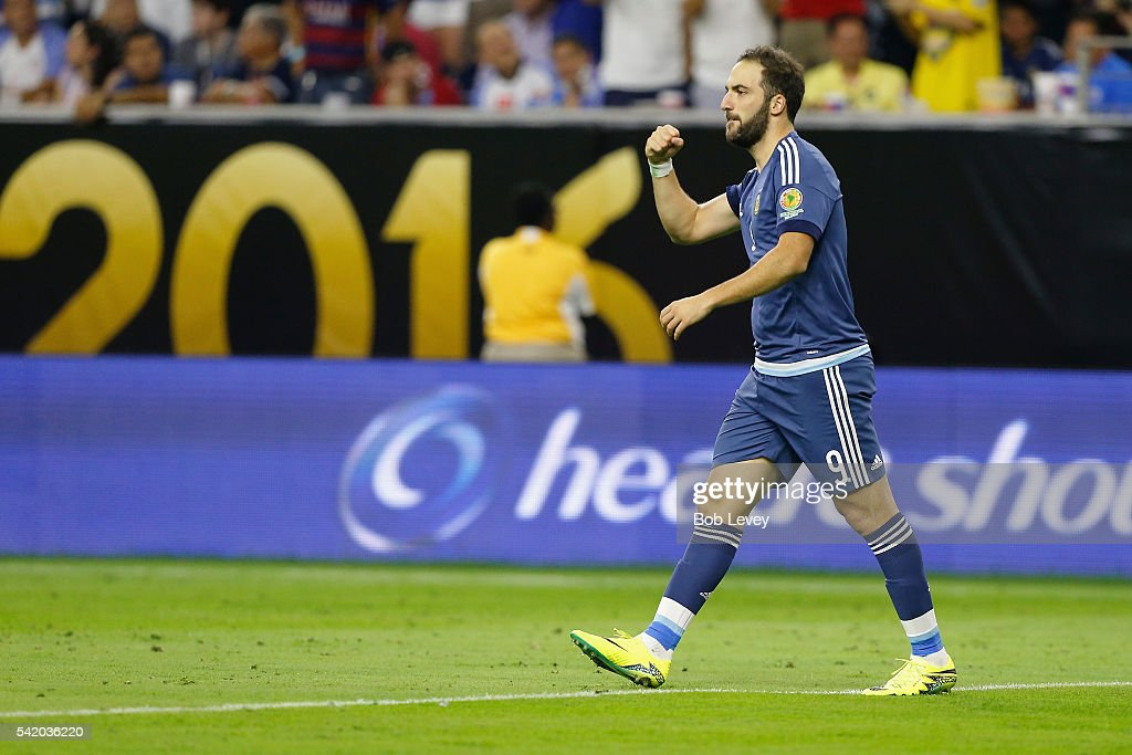 <a gi-track='captionPersonalityLinkClicked' href=/galleries/search?phrase=Gonzalo+Higuain&family=editorial&specificpeople=651523 ng-click='$event.stopPropagation()'>Gonzalo Higuain</a> #9 of Argentina reacts after scoring a goal in the second half against the United States during a 2016 Copa America Centenario Semifinal match at NRG Stadium on June 21, 2016 in Houston, Texas.