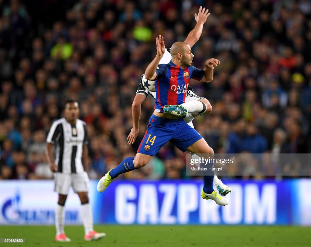 Gonzalo Higuain of Juventus and Javier Mascherano of Barcelona battle for possession during the UEFA Champions League Quarter Final second leg match between FC Barcelona and Juventus at Camp Nou on April 19, 2017 in Barcelona, Spain.
