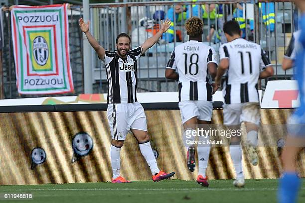 Gonzalo Higuain of Juventus FC celebrates after scoring a goal during the Serie A match between Empoli FC and Juventus FC at Stadio Carlo Castellani...
