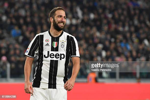 Gonzalo Higuain of Juventus FC reacts during the Serie A match between Juventus FC and Udinese Calcio at Juventus Stadium on October 15 2016 in Turin...