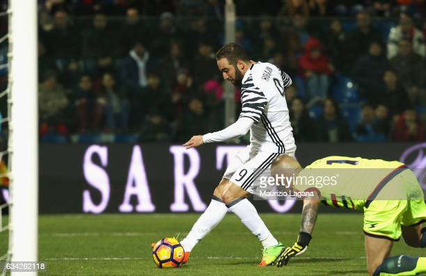 Gonzalo Higuain of Juventus scores his team's second goal during the Serie A match between FC Crotone and Juventus FC at Stadio Comunale Ezio Scida...