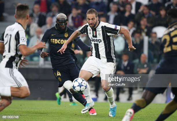 Gonzalo Higuain of Juventus Tiemoue Bakayoko of Monaco during the UEFA Champions League semi final second leg match between Juventus Turin and AS...