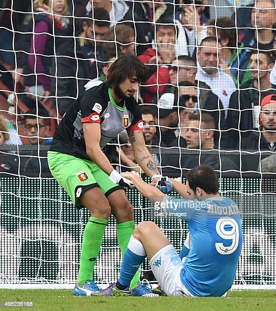 Gonzalo Higuain of Napoli and Mattia Perin of Genoa during the Genoa CFC and SSC Napoli at Stadio Luigi Ferraris on November 1 2015 in Genoa Italy...