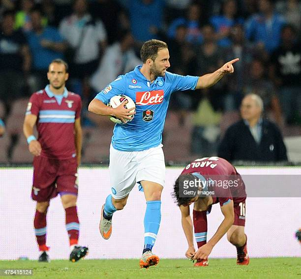Gonzalo Higuain of Napoli celebrates after scoring goal 21 during the Serie A match between SSC Napoli and SS Lazio at Stadio San Paolo on May 31...