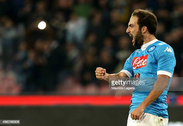 Gonzalo Higuain of Napoli celebrates the opening goal during the Serie A match between SSC Napoli and Udinese Calcio at Stadio San Paolo on November...