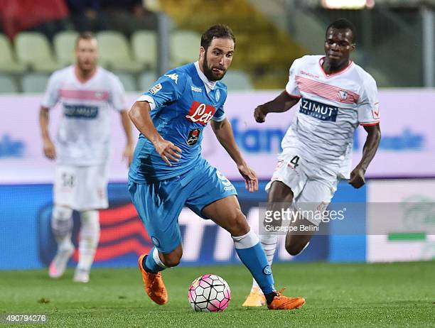 Gonzalo Higuain of Napoli in action during the Serie A match between Carpi FC and SSC Napoli at Alberto Braglia Stadium on September 23 2015 in...