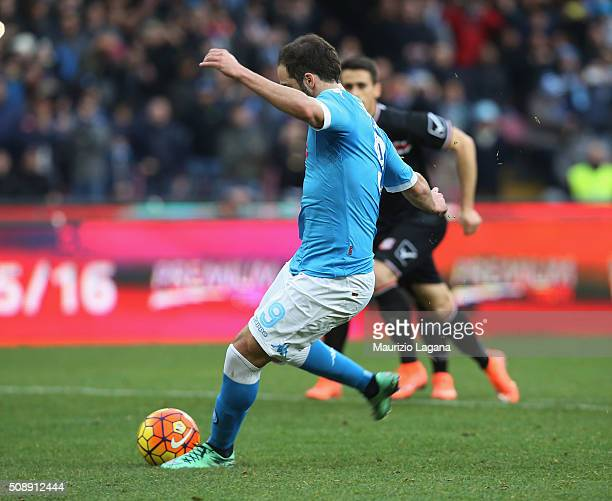 Gonzalo Higuain of Napoli scores his team's opening goal during the Serie A match between SSC Napoli and Carpi FC at Stadio San Paolo on February 7...