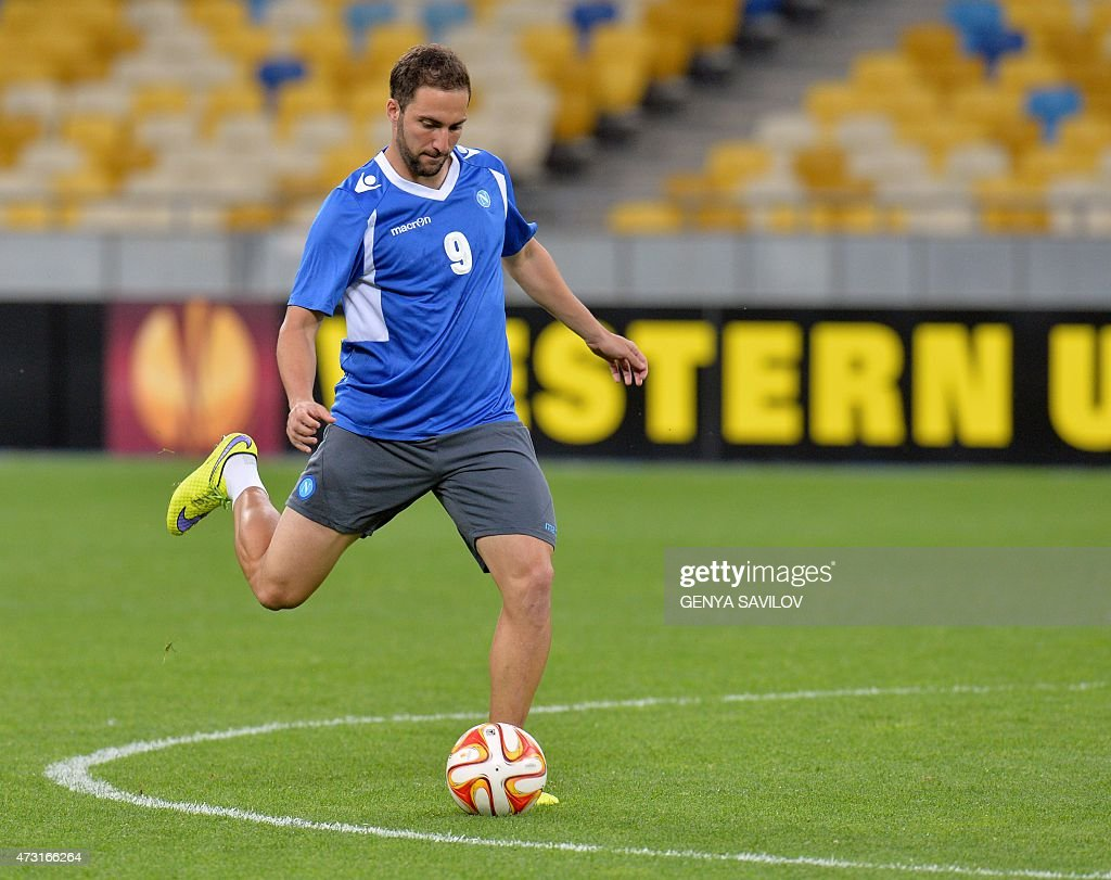 Gonzalo Higuan of SSC Napoli takes part in a training session in
