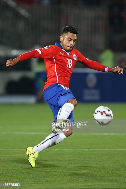Gonzalo Jara of Chile controls the ball during the 2015 Copa America Chile Group A match between Chile and Ecuador at Nacional Stadium on June 11...