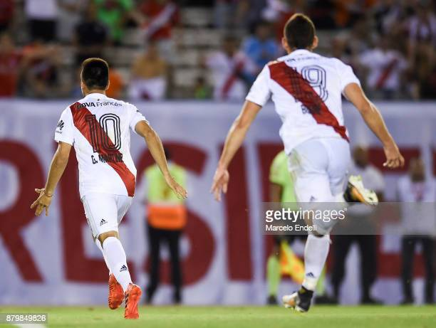 Gonzalo Martinez of River Plate celebrates with teammates after scoring the first goal of his team during a match between River and Newell's Old Boys...