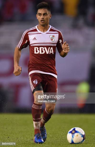 Gonzalo Martinez of River Plate drives the ball during a match between River Plate and Banfield as part of Superliga 2017/18 at Monumental Stadium on...