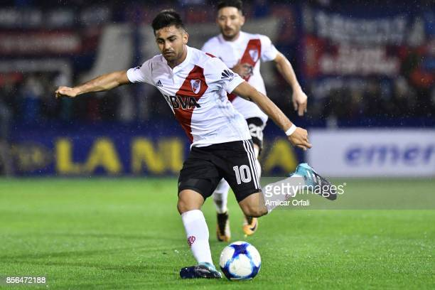 Gonzalo Martinez of River Plate drives the ball during a match between Tigre and River Plate as part of Superliga 2017/18 at Jose Dellagiovanna...