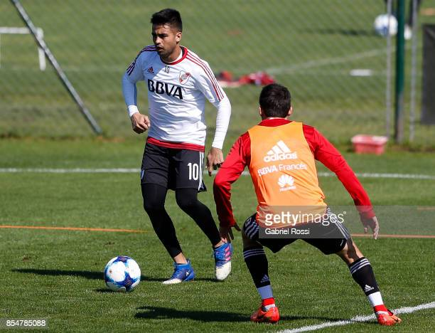 Gonzalo Martinez of River Plate drives the ball during a training session at River Plate's training camp on September 27 2017 in Ezeiza Argentina