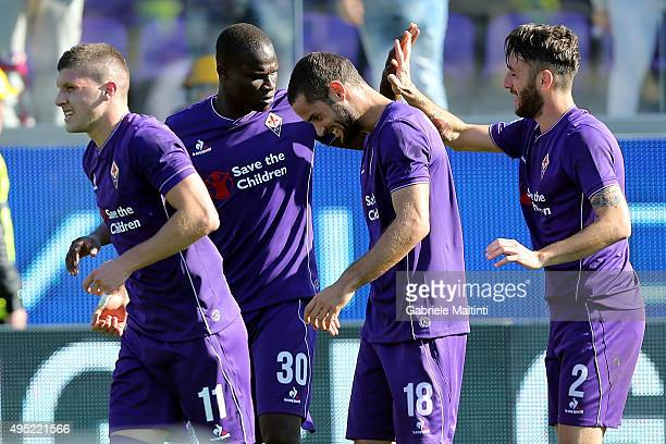Gonzalo Rodriguez of ACF Fiorentina celebrates after scoring a goal during the Serie A match between ACF Fiorentina and Frosinone Calcio at Stadio...
