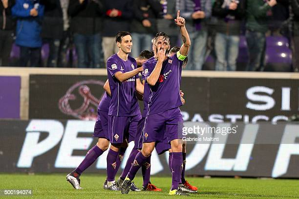 Gonzalo Rodriguez of ACF Fiorentina celebrates after scoring a goal during the Serie A match between ACF Fiorentina and Udinese Calcio at Stadio...