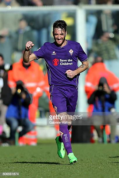 Gonzalo Rodriguez of ACF Fiorentina celebrates after scoring a goal during the Serie A match between ACF Fiorentina and Torino FC at Stadio Artemio...