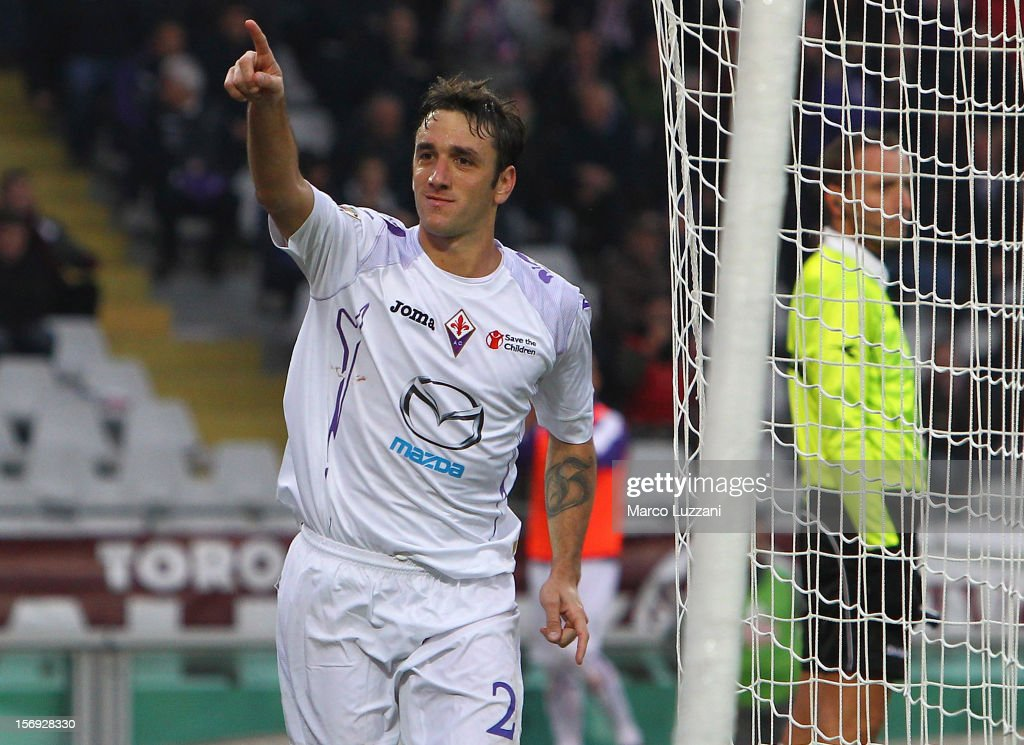 Gonzalo Rodriguez of ACF Fiorentina celebrates his goal during the Serie A match between Torino FC and ACF Fiorentina at Stadio Olimpico di Torino on November 25, 2012 in Turin, Italy.