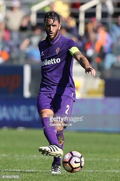Gonzalo Rodriguez of ACF Fiorentina in action during the Serie A match between ACF Fiorentina and Atalanta BC at Stadio Artemio Franchi on October 16...