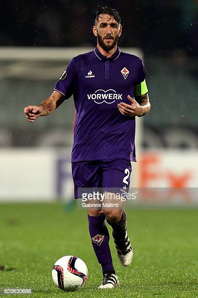 Gonzalo Rodriguez of ACF Fiorentina in action during the UEFA Europa League match between ACF Fiorentina and PAOK FC at Stadio Artemio Franchi on...