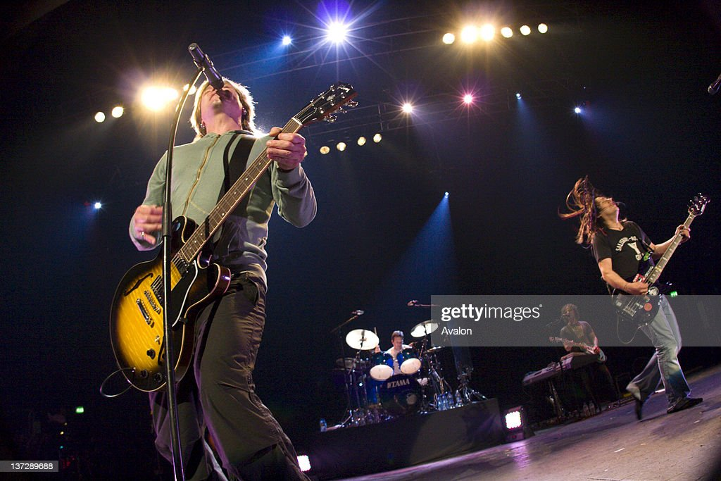 Goo Goo Dolls in concert performing live at the Brixton Academy, London on the 3rd June 2006.