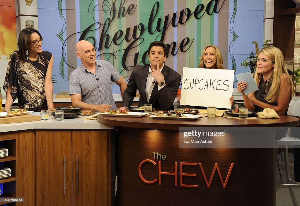 THE CHEW - (airs 7.19.12) - 'Good Afternoon America' co-hosts Josh Elliott and Lara Spencer visit 'The Chew.' 'The Chew' airs MONDAY - FRIDAY (1-2pm, ET) on the ABC Television Network. OZ