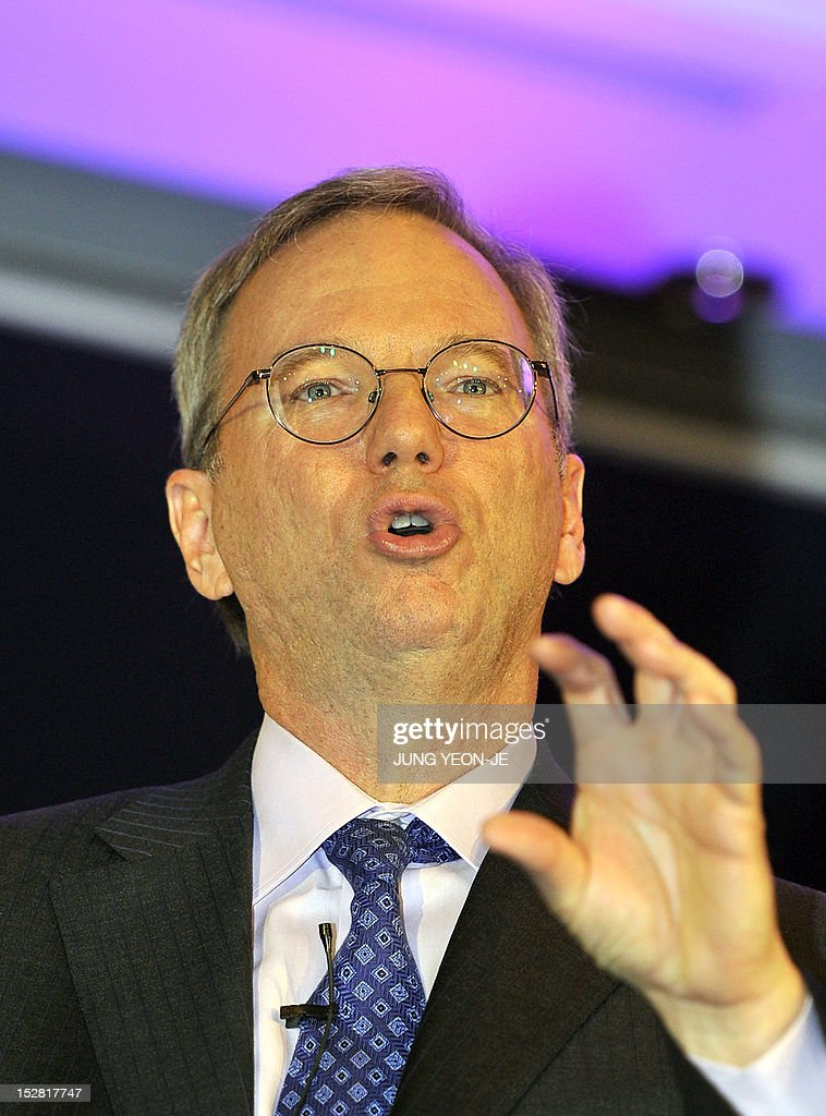 Google Chief Executive Eric Schmidt speaks during a news conference to launch its new tablet PC, Nexus 7, in Seoul on September 27, 2012. Schmidt criticised raging patent disputes in the global mobile industry, accusing them of stifling innovation and preventing choices for consumers. AFP PHOTO/JUNG YEON-JE
